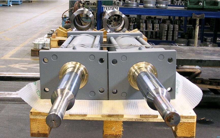 进口液压油缸(可定制)